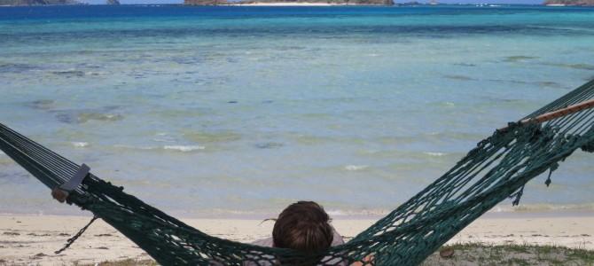 Sonne, Strand und Meer im tiefsten Fiji-Winter